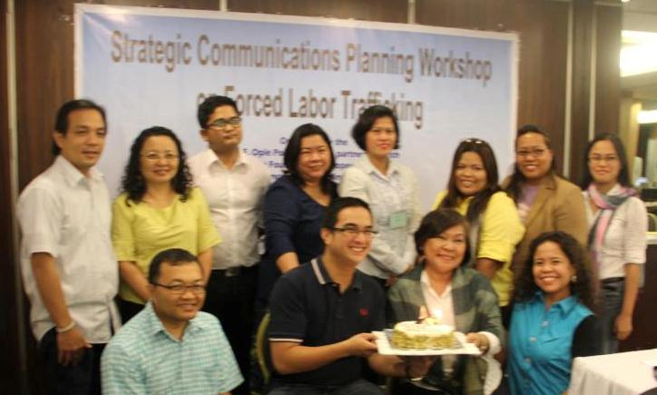 "MMDA Social Media Head, Atty. Yves Gonzales, join birthday celebrant POEA communications chief Eleonor ""Saji"" Samson and workshop participants from the POEA, DoJ-IACAT, the Visayan Forum Foundation, the Blas F. OPle Center and the Office of the Vice-President at the Strategic Communications Planning Workshop organized jointly by the Blas F. Ople Center and The Asia Foundation last December 2-4, 2012 at the Astoria Hotel in Pasig City."